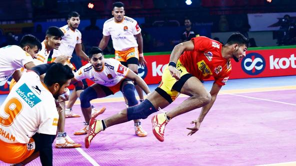 Puneri Paltan edge the Giants in a nail-biter