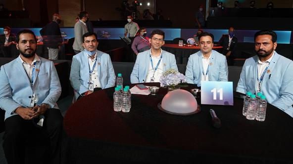 With Parvesh and Sunil as the elite retentions, Giants get ready for the vivo PKL Player Auction